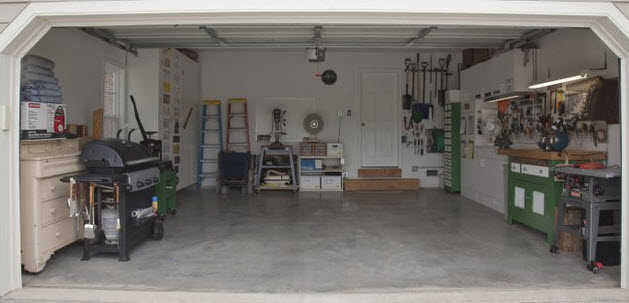 Complete Vehcile Services tidy garage